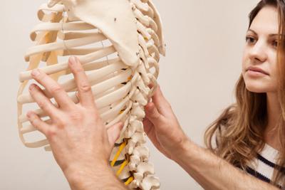 Mar Pilates Osteopatia a Vic per tractar cefalees, migranyes, asma, dolors ossis o musculars
